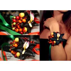 Браслет на руку с цветами Орхидея с ягодами