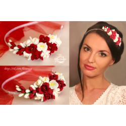 """""""Бело-красные фрезии"""" ободок для волос с цветами"""