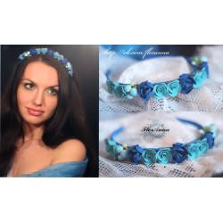 """""""Небесная тайна"""" голубой обруч для волос с розами"""