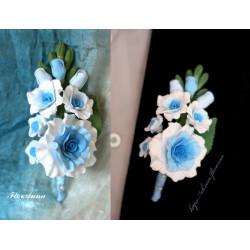 """""""Бело-голубые розы"""" бутоньерка для жениха или свидетеля"""