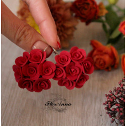"""""""Красные круговые розы"""" rрасные серьги цветы из полимерной глины"""