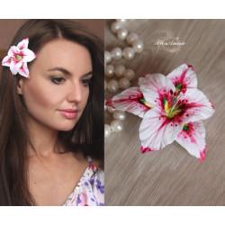 """""""Розовая лилия"""" заколка для волос ручной работы  из полимерной глины"""