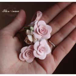 """""""Розы с фрезией"""" Комплект бижутерии с цветами ручной работы"""