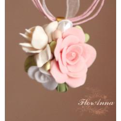 """""""Розы с фрезией"""" Кулон с цветами ручной работы"""