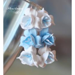 """""""Бело-голубые фрезии"""" длинные серьги с цветами"""