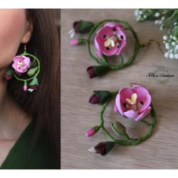"""Розовые серьги кольца ручной работы """"Тюльпаны с бутонами"""""""