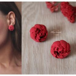 Красные серьги гвоздики  с цветами из полимерной глины Красные пионы