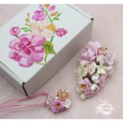 """Оригинальный подарок девушке """" Зефирная нежность""""  (заколка+кулон+коробочка)"""