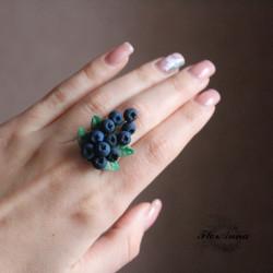 """""""Черника"""" кольцо с ягодами ручной работы"""