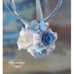 """""""Нежный бриз"""" голубой кулон с цветами из полимерной глин"""