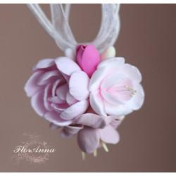 """""""Зефирный букетик"""" розовый кулон с цветами ручной работы из полимерной глины"""