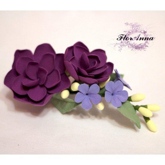 """""""Волшебный букетик"""" фиолетовая заколка с цветами из полимерной глины"""