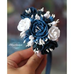 """""""Хрустальный шик"""" Бело-синий браслет на руку с цветами"""