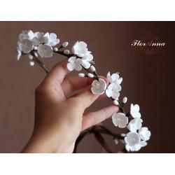 """Свадебный веночек с цветами для невесты """"Белые соцветия"""""""