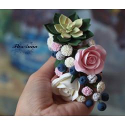 Заколка для волос с цветами Зеленый суккулент с розами, черникой и гипсофилами