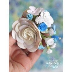 """""""Викторианская нежность"""" голубая заколка с цветами из полимерной глины"""