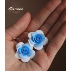"""""""Бело-голубые розы"""" серьги"""
