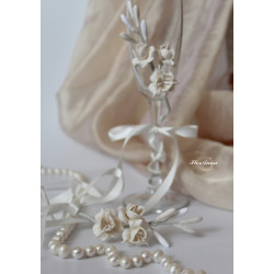 """""""Фрезии в цвете айвори"""" свадебные украшения на бокалы цвета айвори(съемные 1 шт, без бокалов)"""