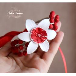 Браслет на руку с цветами Бело-красные мимоза с нарциссами
