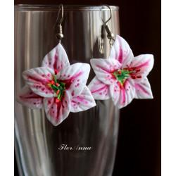 """""""Розовые лилии"""" серьги цветы"""